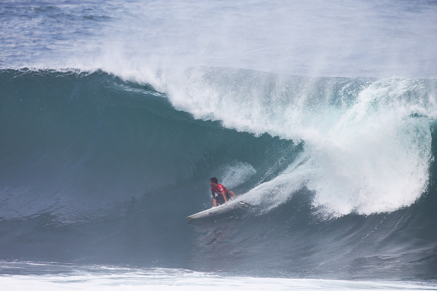 c277ead802 Day 1 At The Billabong Pipe Masters - Wavelength - Europe s Longest ...