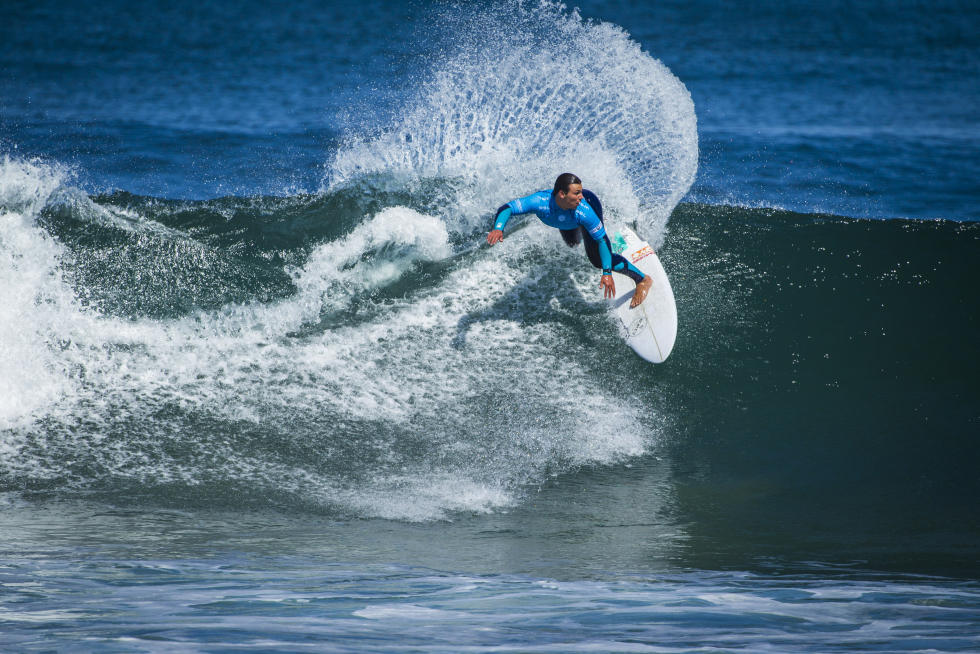 Luke Dillon at the Zaruts QS comp. Photo WSL / Damien Poullenot