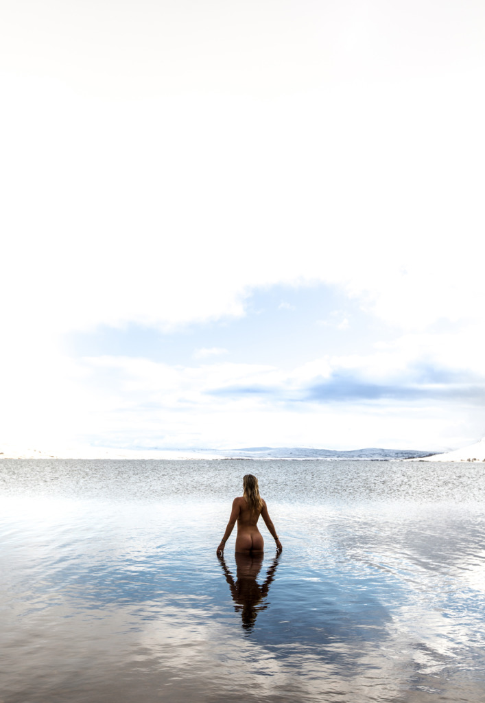 Laura Crane naked