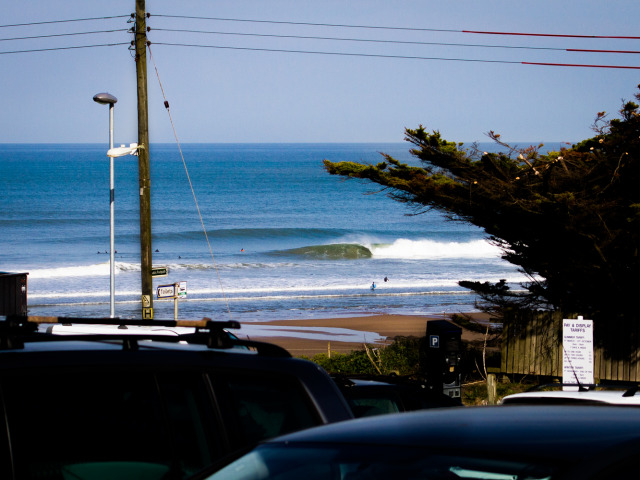 Croyde lights up under sunny skies for an early morning wekeend crew