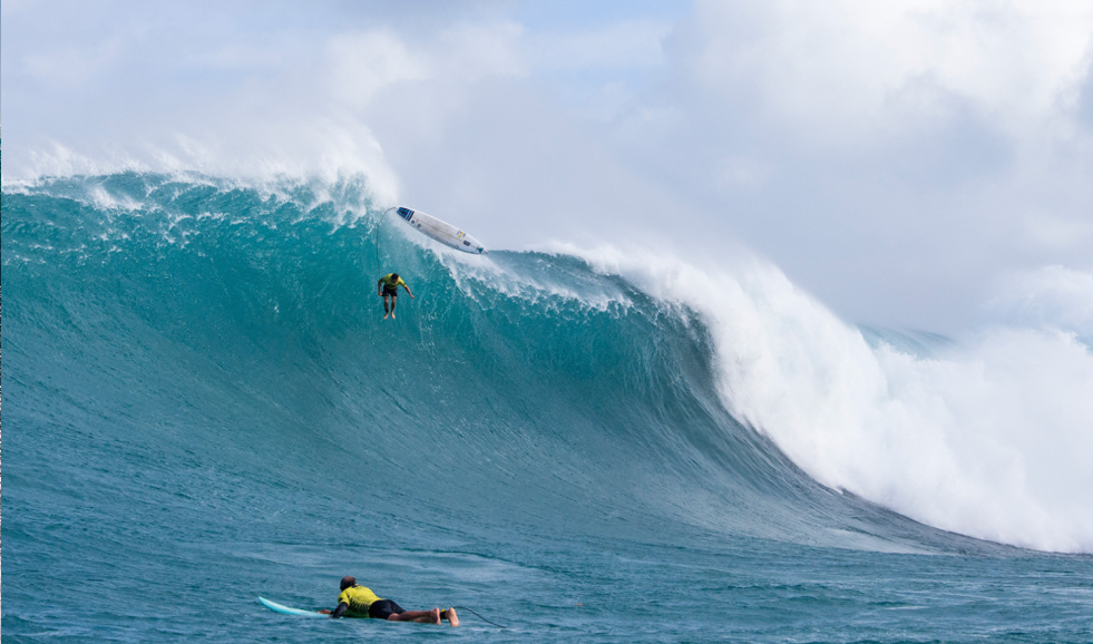 The kind of carnage that makes the Eddie such a popular event around the world. Photo WSL