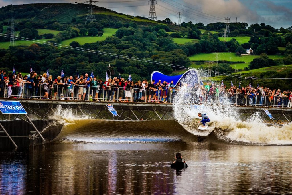 Billy Stairmand performs during Red Bull Unleashed final in Surf Snowdonia, United Kingdom, on September 19, 2015