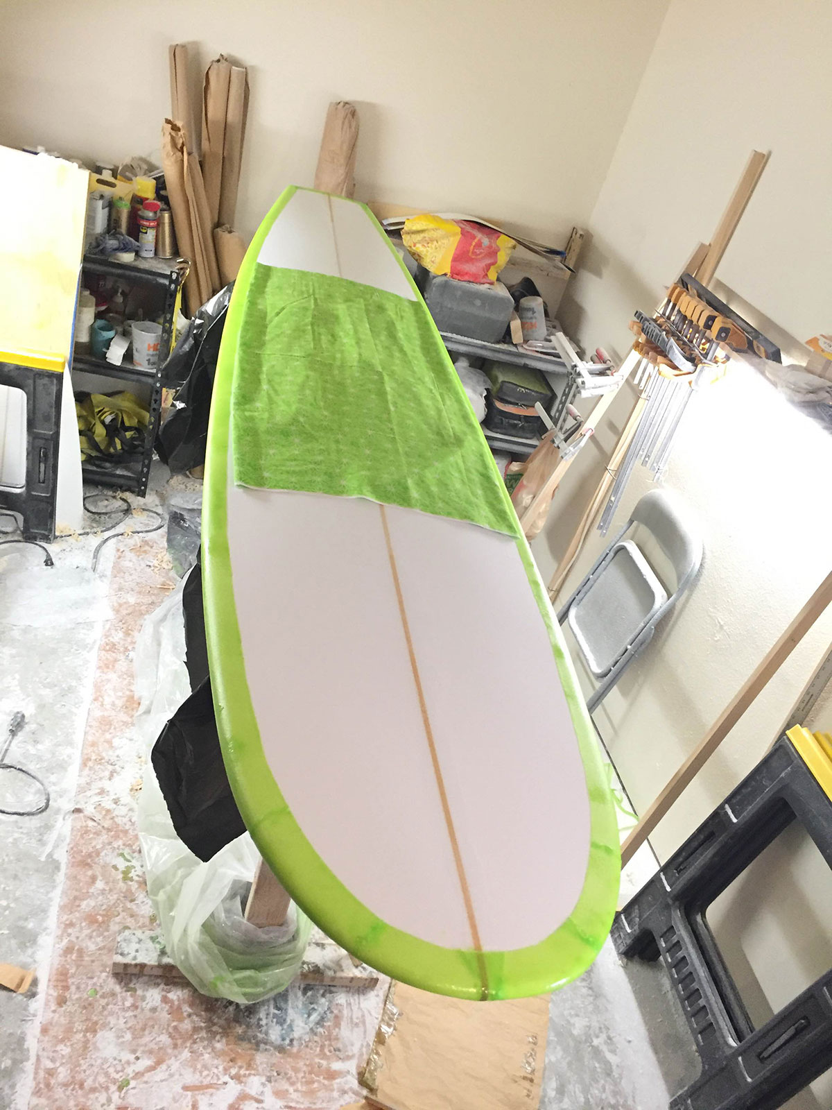 shaping-surfboard5