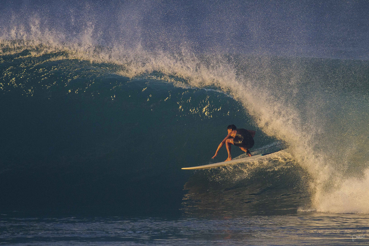 Epic Images From Year Old Aussie Lensman Luke Workman - 16 epic surfing photos