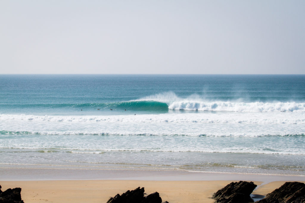 A perfect right hand peak at Fistral